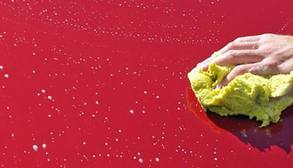 How to quickly clean your car